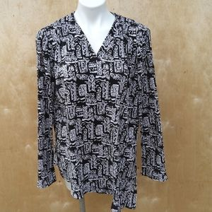 Travelsmith printed blouse